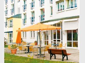 Zentrum f�r Betreuung und Pflege Curanum Augsburg