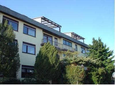 Altenheim Landhaus Sch�llbronn