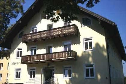 Kompetenz-Zentrum f�r Pflege Alpenhof