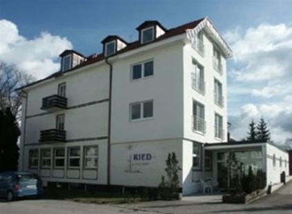 Alten- und Pflegeheim Ried Dreher G�nter