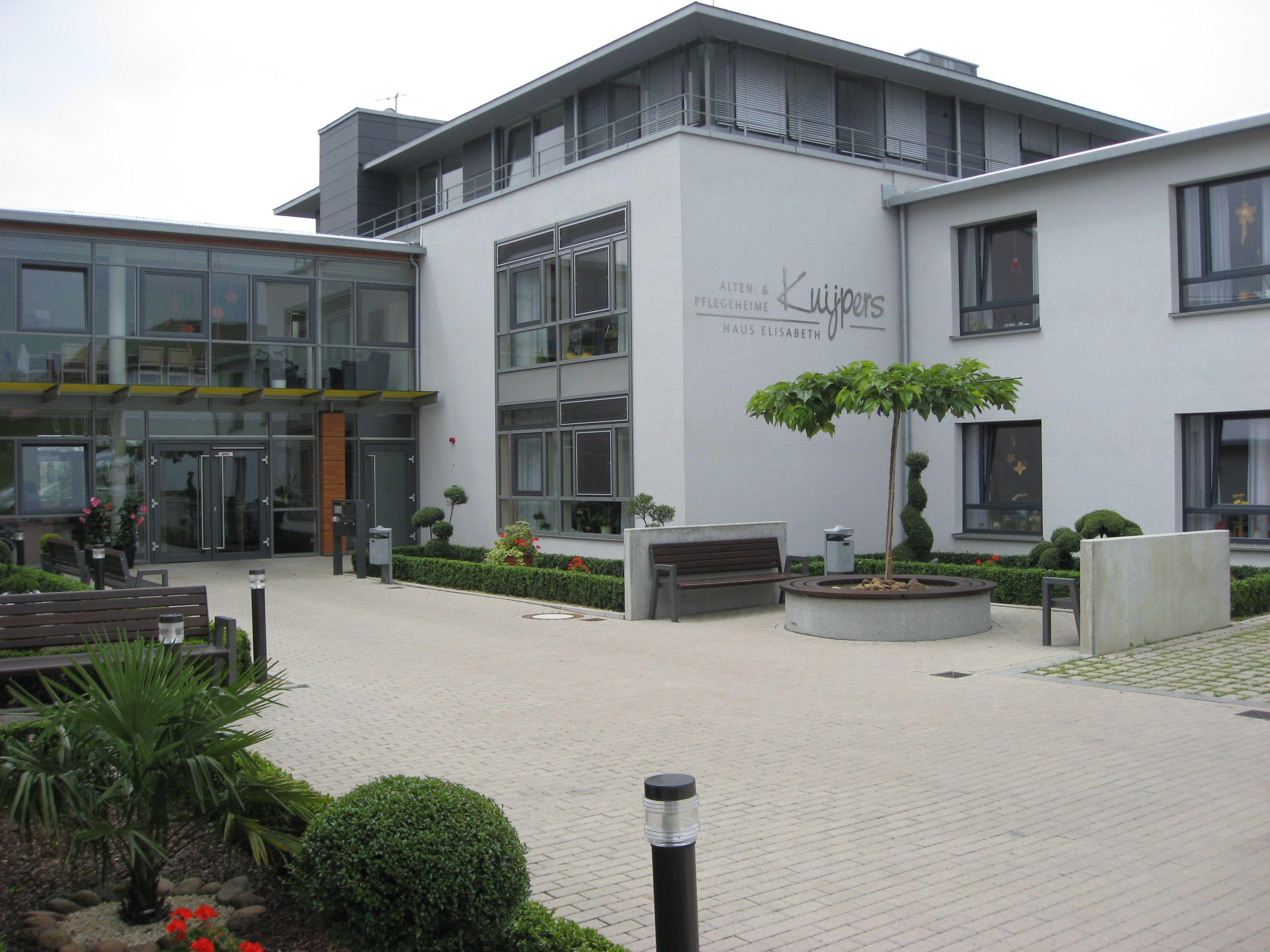 Alten & Pflegeheim Elisabeth
