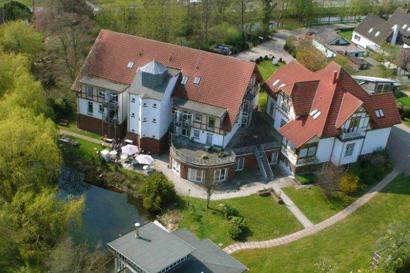 Landhaus Gl�ckstadt Wohn- & Pflegezentrum GmbH