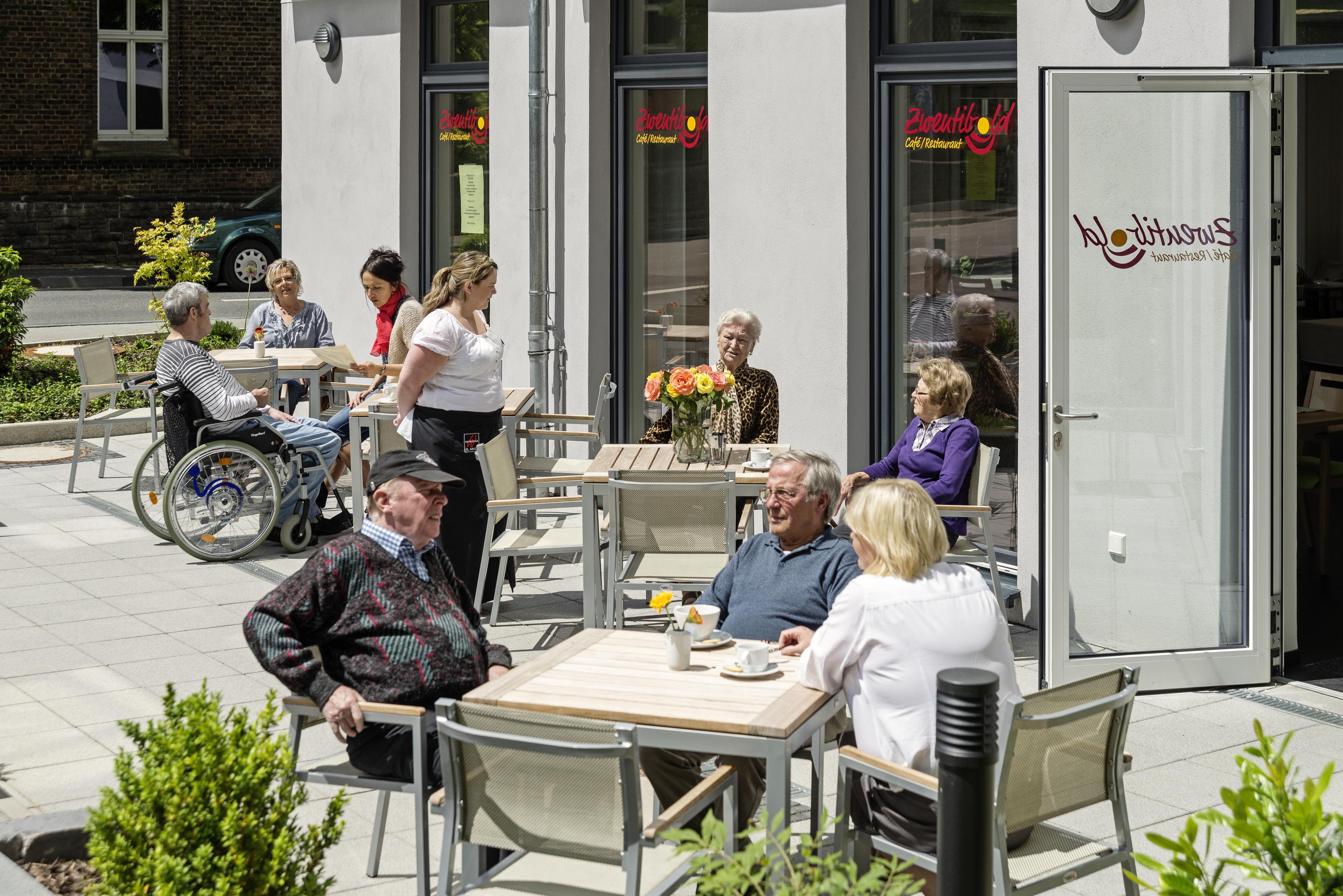 Wohnanlage f�r Senioren und Behinderte  Am Alten Stadttor
